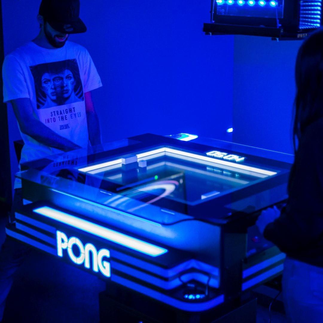 Pong-vs-couple