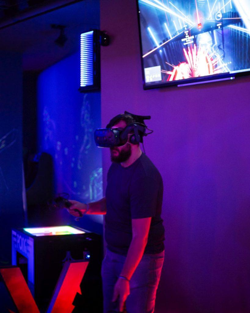Team Building-Tim bilding-Portal-VR-Virtual Reality-Fun-Gaming